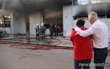 Ποια είναι η εταιρεία «Καρώνης» στην οποία ξέσπασε η φωτιά στο Περιστέρι