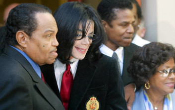Η θλιβερή σχέση του Michael Jackson με τον πατέρα του