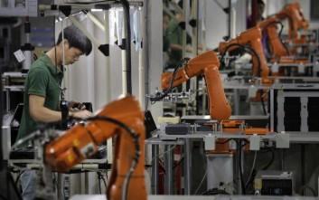 Ρεκόρ πωλήσεων στα βιομηχανικά ρομπότ το 2017