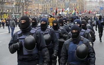 Επεισόδια έξω από την ουκρανική Βουλή