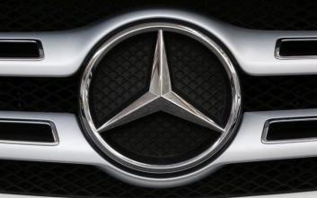 Γερμανία: Η Daimler πρέπει να ανακαλέσει 60.000 πετρελαιοκίνητα οχήματα Mercedes-Benz GLK 220