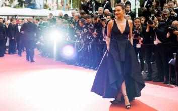Οι πιο σέξι και λαμπερές εμφανίσεις της Ιρίνα Σάικ