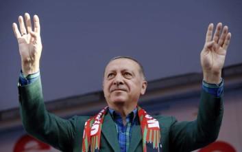 Ερντογάν: Εισβάλαμε στην Κύπρο για να σώσουμε τους Τούρκους από τη σφαγή