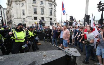 Χαιρέτισε ναζιστικά, τα είπε ένα χεράκι με την αστυνομία