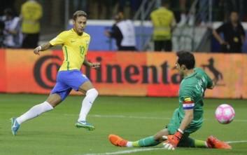 Κέφια ο Νεϊμάρ, εύκολη νίκη η Βραζιλία