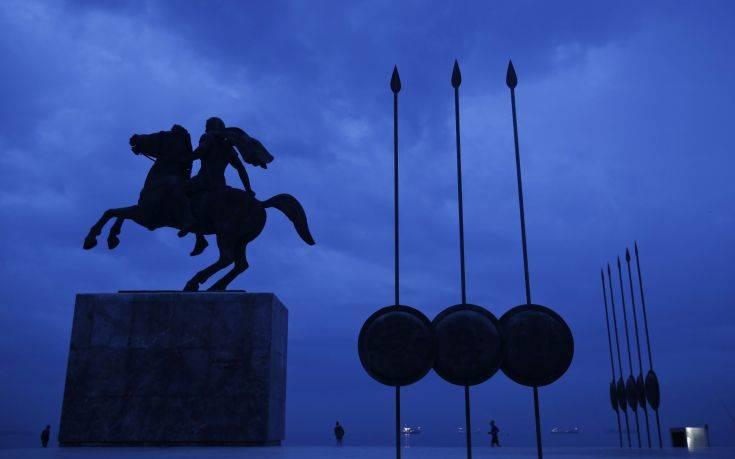 Reuters: Η συμφωνία με την ΠΓΔΜ φέρνει και συμφωνία για το χρέος;
