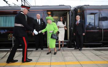 Στο τρένο με την Βασίλισσα Ελισάβετ η Μέγκαν Μαρκλ