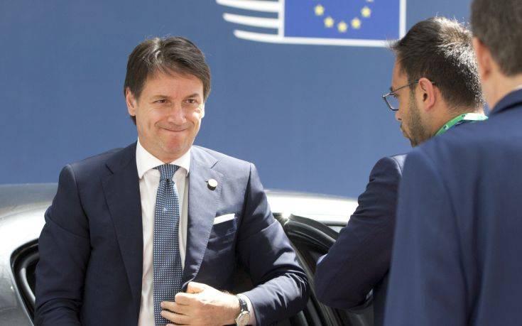 Παραμένει σε τροχιά σύγκρουσης με την Kομισιόν η ιταλική κυβέρνηση