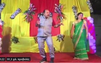 Ο χορός ενός καθηγητή σε ινδικό γάμο που ξετρέλανε το διαδίκτυο