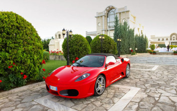 Ferrari experience στο πολυτελές Epirus Palace
