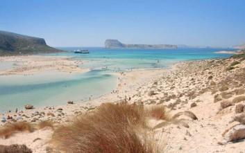 Δύο ελληνικές παραλίες στις κορυφαίες του κόσμου στο TripAdvisor