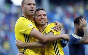 Ο τυχερός Σουηδός που παρακολούθησε τη νίκη της χώρας του από τον καναπέ του Μπεργκ