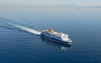 Μαρτυρία επιβάτη Blue Star Mykonos: «Ο κόσμος ανησυχεί, οι περισσότεροι φοράνε μάσκες, άλλοι φωνάζουν»