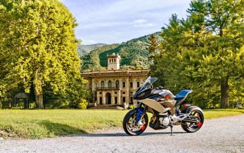 Αυτό είναι το BMW Motorrad Concept 9cento