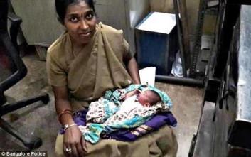 Αστυνομικός θήλασε νεογέννητο που είχε εγκαταλειφθεί μέσα σε σακούλα στα σκουπίδια