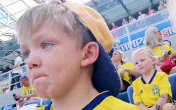 Ο γιος του Μπεργκ «λύγισε» βλέποντας τον πατέρα του να παίζει στο Μουντιάλ