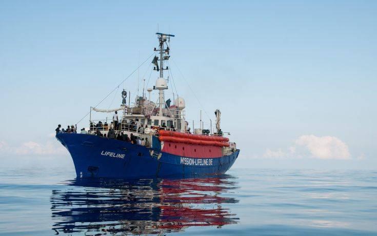 Κόντε: Το πλοίο Lifeline θα γίνει δεκτό σε λιμάνι της Μάλτας
