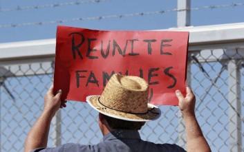 Τριακόσια παιδιά από την Ονδούρα χωρίστηκαν από τους γονείς τους στα σύνορα με τις ΗΠΑ