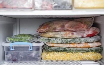 Πριν φύγετε διακοπές, τοποθετήστε ένα κέρμα στην κατάψυξη του ψυγείου σας