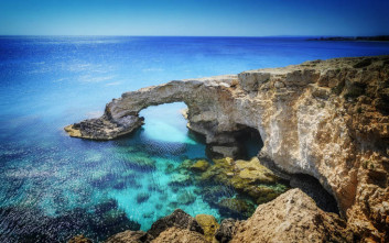 Ρεκόρ αφίξεων τουριστών τους πρώτους επτά μήνες του έτους στην Κύπρο