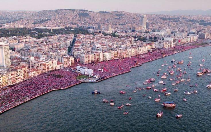 Η Σμύρνη… «ψήφισε» τον αντίπαλο του Ερντογάν