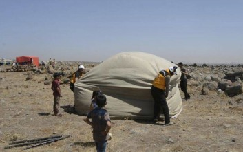 Δεκάδες χιλιάδες Σύροι εγκαταλείπουν τα νοτιοδυτικά της χώρας