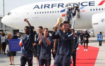 Υποδοχή ηρώων για τους παγκόσμιους πρωταθλητές στη Γαλλία