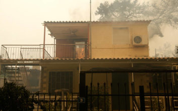 Διευκρινίσεις για τα προβλήματα ηλεκτροδότησης λόγω πυρκαγιάς στην Κινέτα