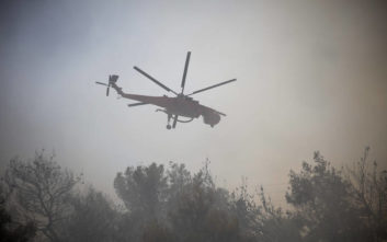 Μεγάλη φωτιά στην Πεντέλη, συναγερμός στον Νέο Βουτζά