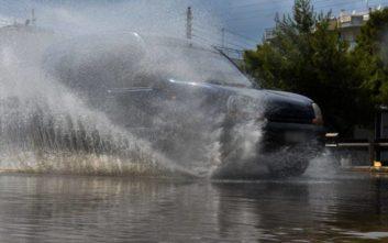 Ισχυρές καταιγίδες και την Κυριακή στην Αττική προβλέπει ο Καλλιάνος