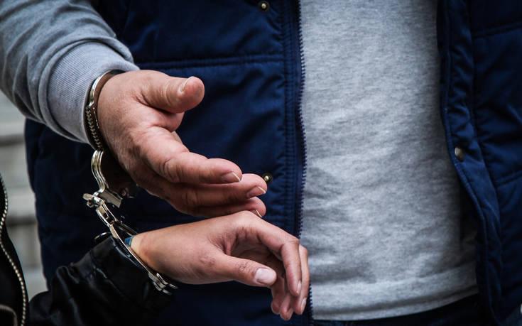 Κορονοϊός στην Ελλάδα: Πρόστιμα απαγόρευσης κυκλοφορίας σε δύο άτομα για απόπειρα απάτης στις Σέρρες