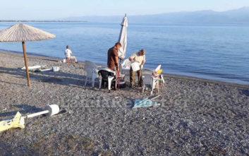 παραλία γάντζο ιστορία που είναι η Λία Μέσερ που χρονολογείται 2014