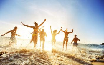 Ένας στους δυο Έλληνες δεν έχει χρήματα για διακοπές μία εβδομάδα τον χρόνο