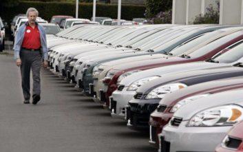 Αυξήθηκαν οι πωλήσεις αυτοκινήτων, αλλά με «αστερίσκους»