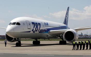 Καθηλώνονται αεροσκάφη στην Ιαπωνία για να ελεγχθούν οι κινητήρες τους