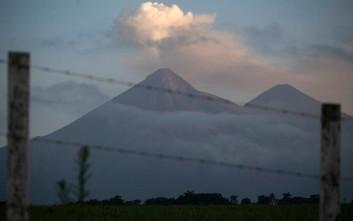 Φόβοι για νέα έκρηξη στο ηφαίστειο Φουέγο της Γουατεμάλας