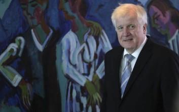 Την παραίτηση Ζεεχόφερ ζητά η αντιπολίτευση στη Γερμανία