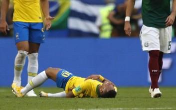 Στο ημίχρονο παιχνιδιού στο Μεξικό έκαναν Neymar Challenge