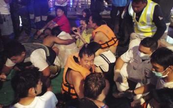 Επιχείρηση διάσωσης μετά από το ναυάγιο στο Πουκέτ