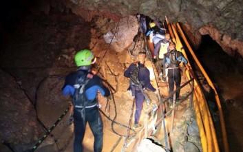 Συνολικά έξι αγόρια έχουν βγει μέχρι στιγμής από το σπήλαιο στην Ταϊλάνδη