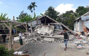 Τουλάχιστον 14 είναι οι νεκροί από τον ισχυρό σεισμό στην Ινδονησία