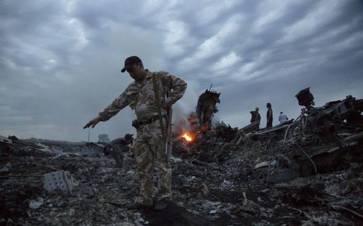Εξηγήσεις ζητούν οι G7 από τη Ρωσία για την κατάρριψη του αεροσκάφους της Malaysia Airlines το 2014