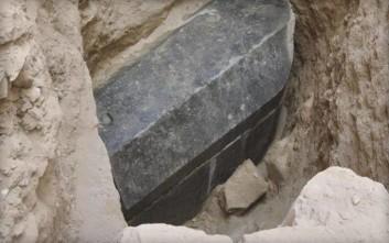 Θρίλερ με μυστηριώδη σαρκοφάγο από την εποχή του Μεγάλου Αλεξάνδρου