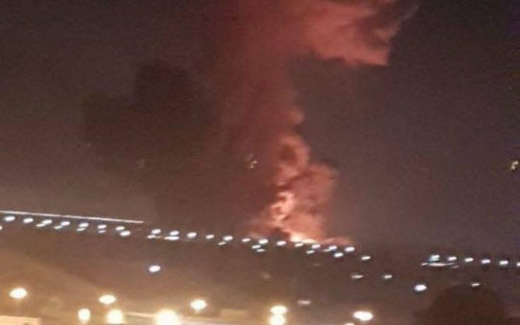 Σε δυο δεξαμενές καυσίμων η έκρηξη στο αεροδρόμιο του Καΐρου
