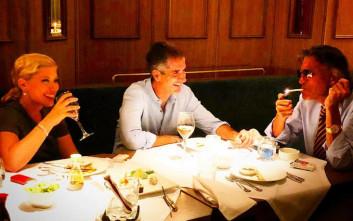 Η βραδινή έξοδος του Ψινάκη με Μπακογιάννη και Κοσιώνη