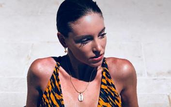Η σέξι μαμά Αθηνά Οικονομάκου αναστατώνει το Instagram