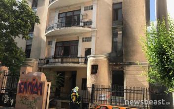 Εικόνες από το κτίριο όπου ξέσπασε φωτιά στο κέντρο της Αθήνας