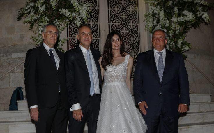 Τον δήμαρχο Γλυφάδας πάντρεψε ο Κώστας Καραμανλής