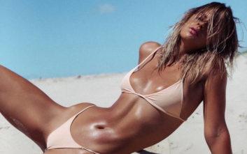 Το ηλιοκαμένο κορμί της Kristina Mendonca