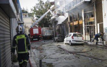 Υπό μερικό έλεγχο η πυρκαγιά στο Μεταξουργείο